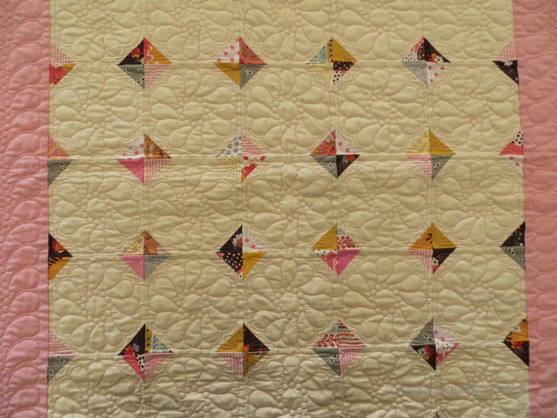 detail-quilting-happy-corners